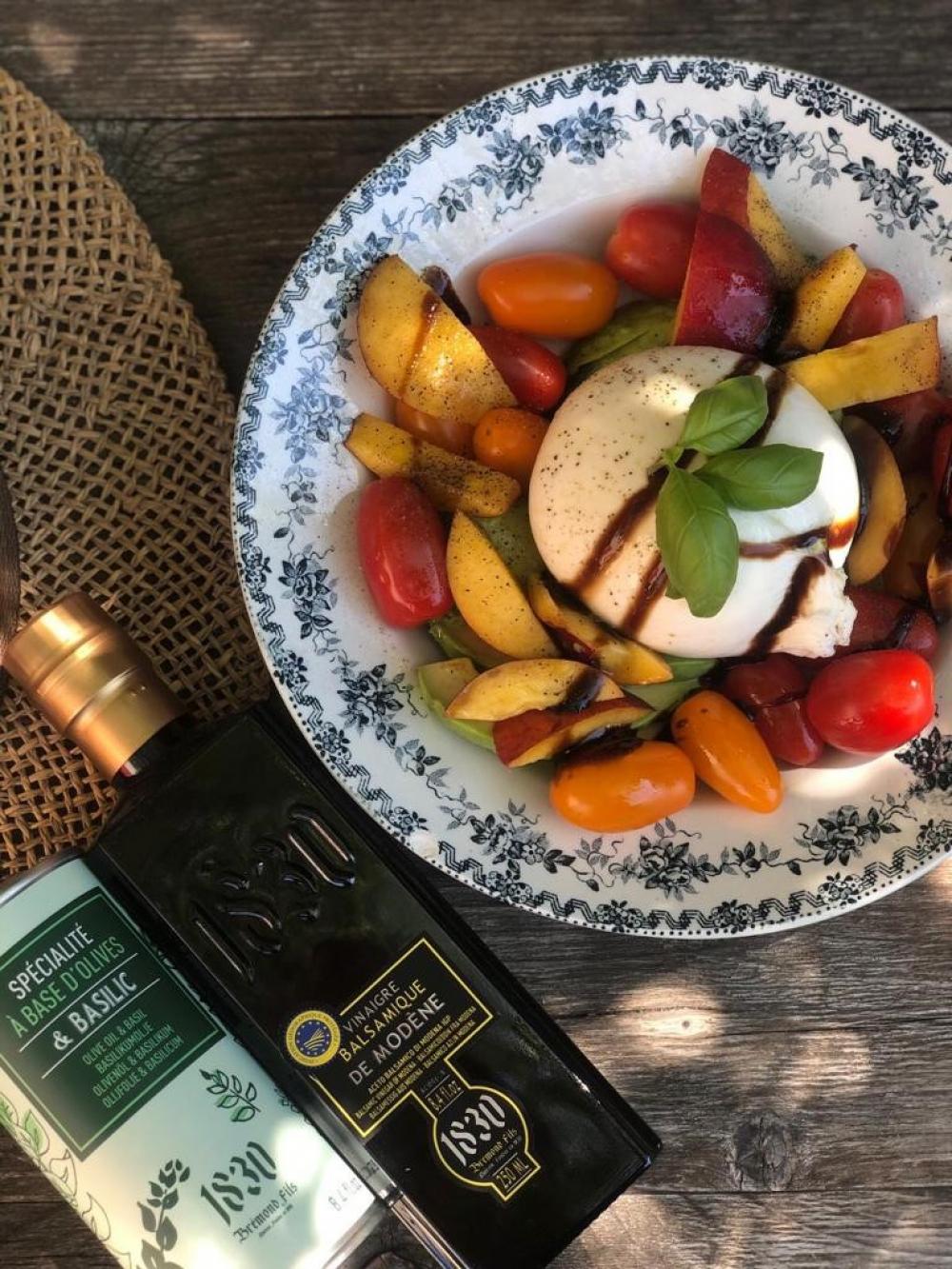 Recipe Salade burrata, tomates, avocat & nectarines