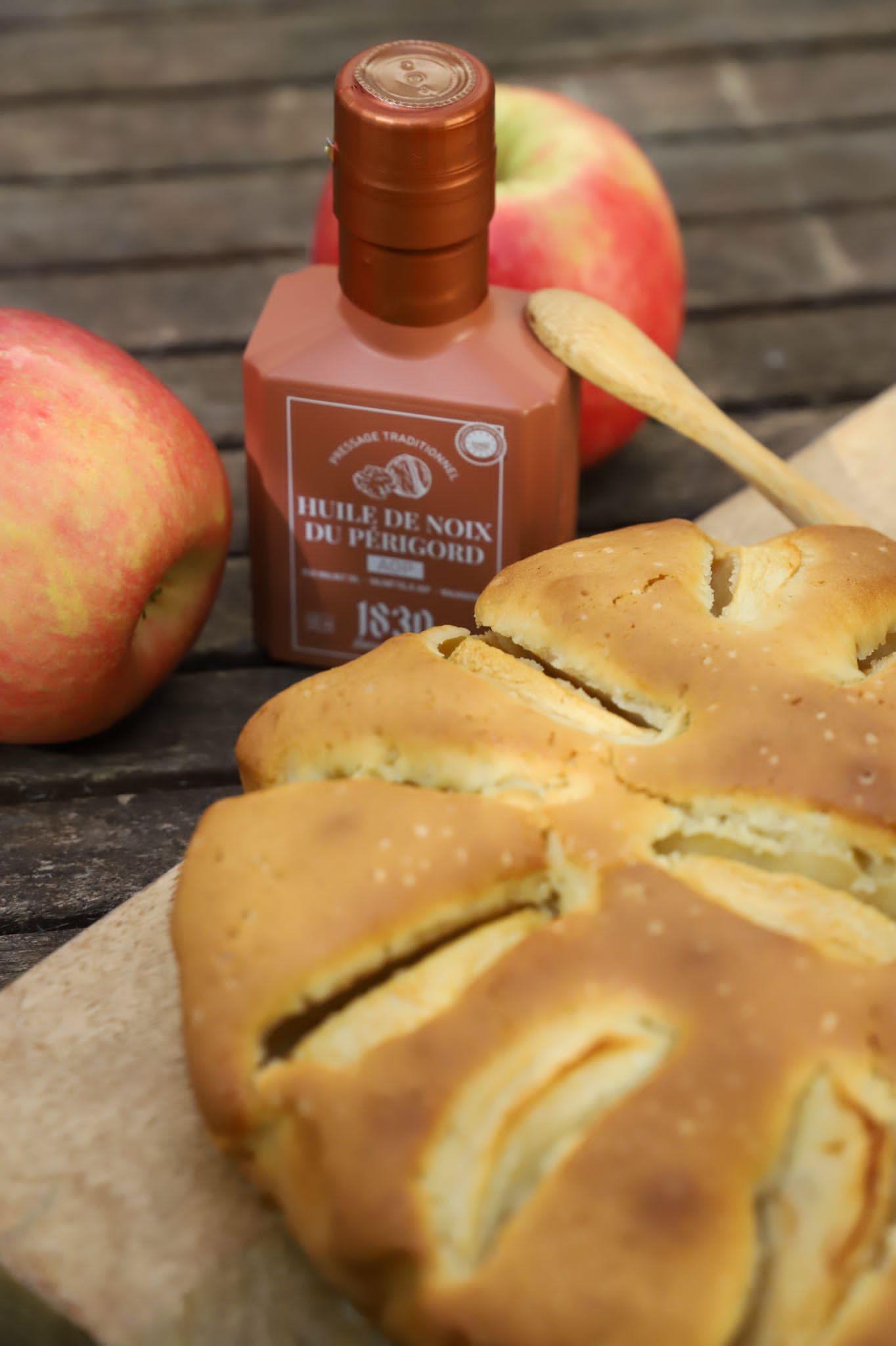 Recipe Gâteau aux pommes & huile de noix du Périgord AOP